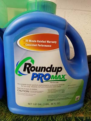 Round Up Pro Max sold by the Professionals at Delaware Valley Turf in West Chester PA