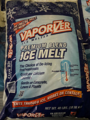 Calcium chloride ice melt product